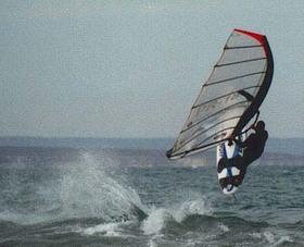 Windurf_salto2_gabriel_palmioli